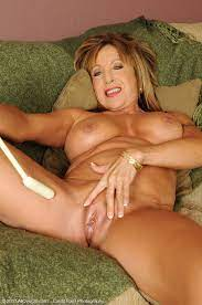 Sexy Women Over 60 Naked Other Xxx Videos