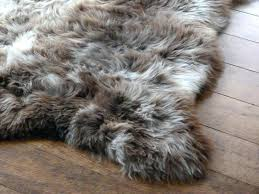 fake fur rug white