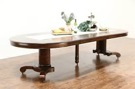 round quarter sawn 54 oak 1910 antique dining table 6 leaves extends 10 1 2