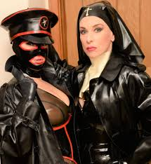 K9 fetish mistress uk
