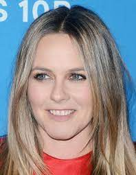 Alicia silverstone has been open with fans over the years about her son's journey with his long locks and why it was time for a change. Alicia Silverstone Rotten Tomatoes