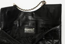 Chanel Clutch Chocolate Bar Gold-chain Cc Logo Purse Handba Black ... & Chanel Quilted Chain Leather Flat Black Clutch. 1234567 Adamdwight.com