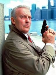 The equalizer cast list, including photos of the actors when available. Edward Woodward As Robert Mccall In The Equalizer Tv Series Bbc Tv Shows Great Tv Shows Classic Tv