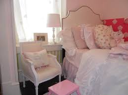 Shabby Chic Bedroom Furniture Sets Shabby Chic Master Bedroom White Wooden Drawers Creamy Bedroom