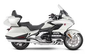 2018 honda wing. simple wing 2018 honda gold wing white with honda wing l