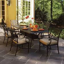 how long does patio furniture last