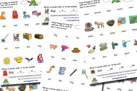 Worksheet for (very) young learners who have just started reading. Free Odd One Out Phonics Worksheets