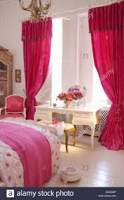Red Bedroom Curtains Neon Pink Interior Paint Bedroom Curtain Colors At Modern Home