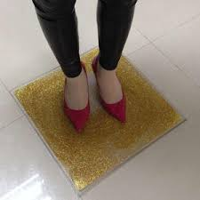 A wide variety of glitter gold vinyl options are available to you, such as material, use, and feature. Finden Sie Hohe Qualitat Pvc Glitter Boden Hersteller Und Pvc Glitter Boden Auf Alibaba Com