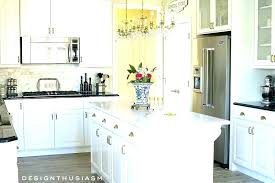 best ivory paint color for kitchen cabinets what wall goes with walls go gentle cream the