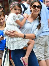 Yes, i proposed to her.it was early this morning at the eiffel tower, so i haven't slept at all, people reported cruise saying. Suri Cruise So Erwachsen Ist Die Tochter Von Katie Holmes