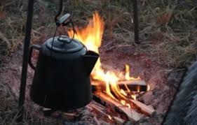 Once boiling, remove the pot from the fire and let it cool for 30 seconds to one minute. How To Use A Camping Percolator Ultimate Guide To Use Percolator