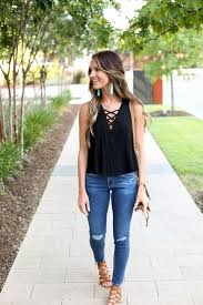 15 Stylish Chic Outfit Combinations For Spring Style