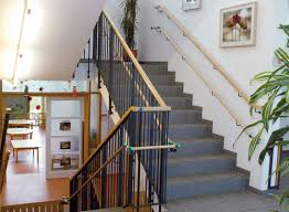 Jeder reise v3 treppe zitat wand aufkleber aufkleber dekor raum kunst vinyl familie home haus treppe liebe schöne inspirierende schritt. Deutsches Institut Fur Treppensicherheit E V