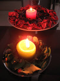 scented-candle-light-beautiful-rose-petals-decoration Romantic candles and