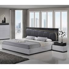Silver Furniture Bedroom Lexi Bedroom Set In Silver Line Zebra Gray Dcg Stores