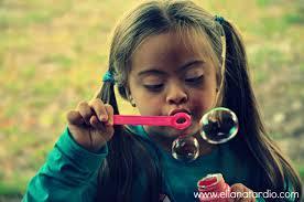 Niño soplando burbujas para colorear - Imagui