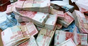 Uang Butuh Kita