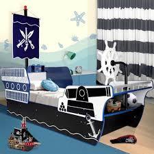 interesting pirate ship bed design