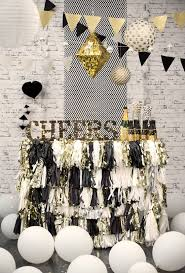 10new black white themed party decorations