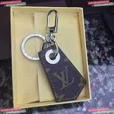Designer Keychains Replica Replica Womens Accessories Louis Vuitton Keychain A62pp55