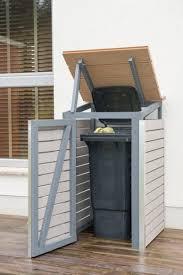 Mülltonnenbox selber bauen: Endzustand mit offenem Deckel und Tür ...