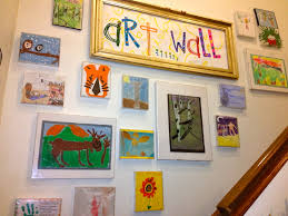 Childrens Artwork Display Kids Art Wall Using Cheap Plastic Frames That We Used To Change