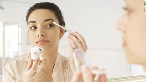 using oil free makeup can keep you looking fresh all day