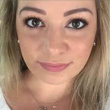 every day makeup look for back to featuring the makeup geek in the eyeshadow palette
