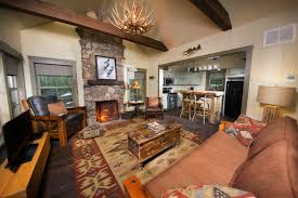 Big Cedar Lodge Ozark Lodging Branson MO - Bedroom living room