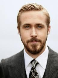 Une coloration blond platine pour les hommes ? Coiffure Homme En 27 Idees Magnifiques Pour Votre Cheri