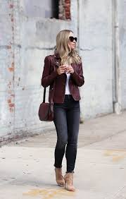 helena glazer is keeping it chic and simple in this gorgeous autumnal style consisting of