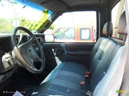 1998 Chevrolet C/K 2500 C2500 Regular Cab Chassis interior Photo ...