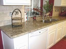 Great Complimentary Backsplash For Santa Cecilia Granite Countertops