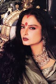 gorgeous bollywood actress rekha plain jane swimming lessons hijab makeup salon play games