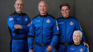 """جيف بيزوس ينطلق إلى الفضاء على متن مركبة """"نيو شيبرد"""" - BBC News عربي"""