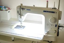 Light Sewing Machine