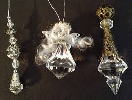 here is a tutorial on how to make jewelry ornament with beads and pearls for tree decoration using chandelier pendants beads and wire