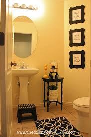 bathroom decorating ideas. Exquisite Picturesque Guest Bathroom Decorating Ideas Wall Decor U