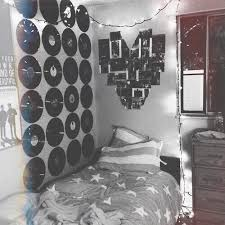 grunge bedroom ideas tumblr. Grunge Room Ideas / Vinyl Records Hanging On The Wall Heart Picture Collage Bedroom Tumblr