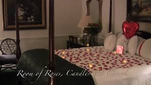 Romantic Bedroom For Her Decorate A Romantic Hotel Room Romantic Room Designs Anywhere In