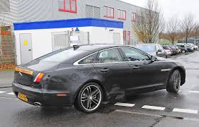 2015 Jaguar XJ Facelift Spied Almost Camo-Free - autoevolution