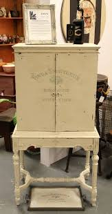 Best 25+ Antique radio cabinet ideas on Pinterest | Antique radio ...