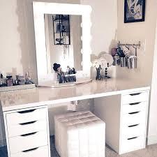 vanity desks best makeup vanity desk ideas on makeup desk makeup vanity and makeup vanities ideas