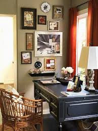 Http://www.decorationideas.org/wp-content/uploads/2010/12/home-office-art-decor.jpg  | Office Pinterest Cozy Office, Nook And Taupe Walls