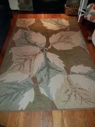 leaf area rug leaf area rug leaf shaped area rugs