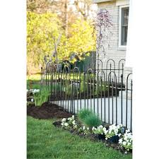 triple arch finial fence section black