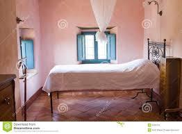 Camera da letto rustica usata ~ idee di design nella vostra casa