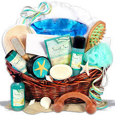 267 Best HOLIDAYS Gift Ideas Images On Pinterest  Gifts Holiday Holiday Gift Baskets Christmas