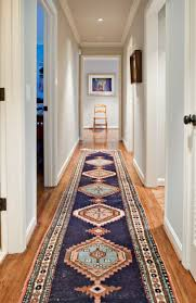 image of traditiona rug runners for hallways